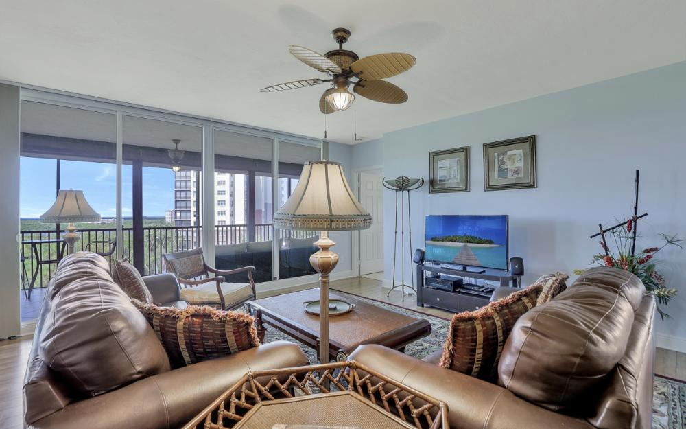 445 Cove Tower Dr #704, Naples - Condo For Sale 538687296