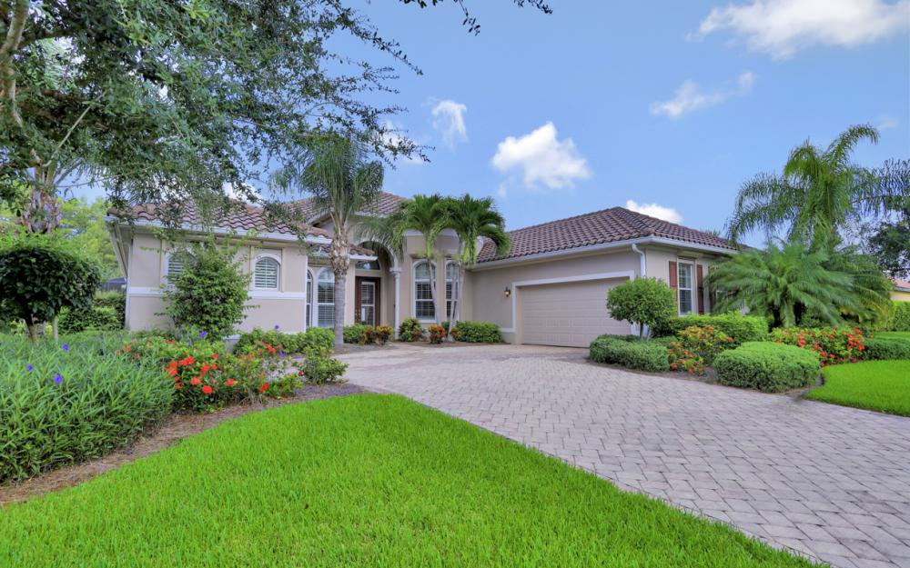 12932 Kingsmill Way, Fort Myers - Home For Sale 1483107073