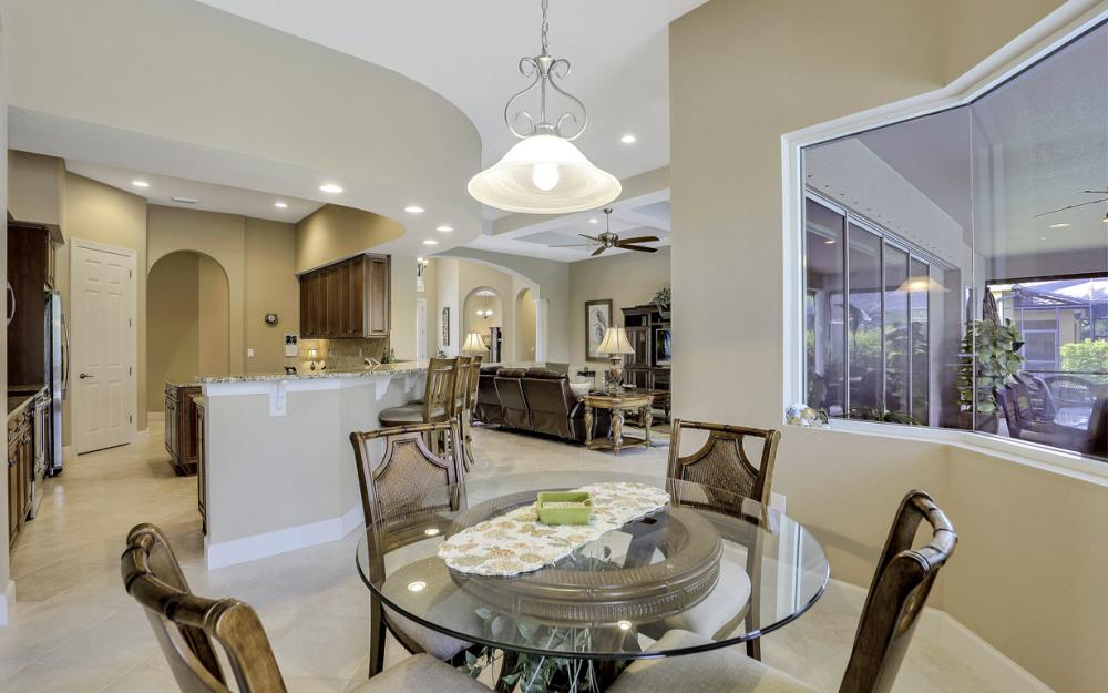12932 Kingsmill Way, Fort Myers - Home For Sale 1634470814