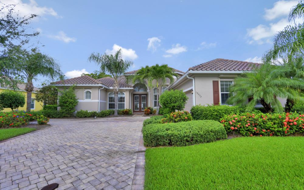 12932 Kingsmill Way, Fort Myers - Home For Sale 1408938709