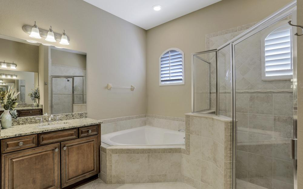 12932 Kingsmill Way, Fort Myers - Home For Sale 204284789