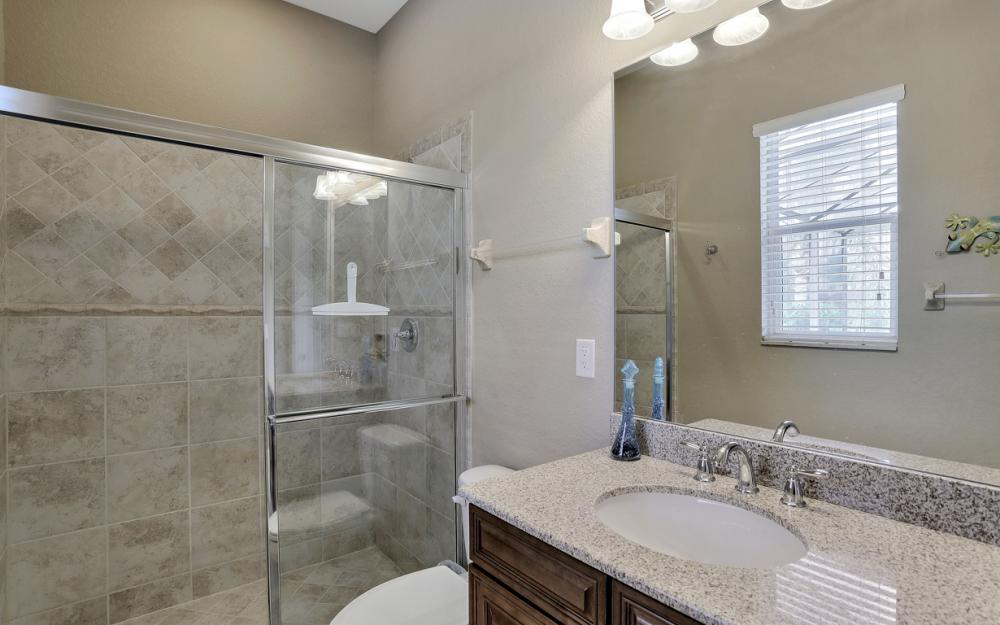 12932 Kingsmill Way, Fort Myers - Home For Sale 514339044
