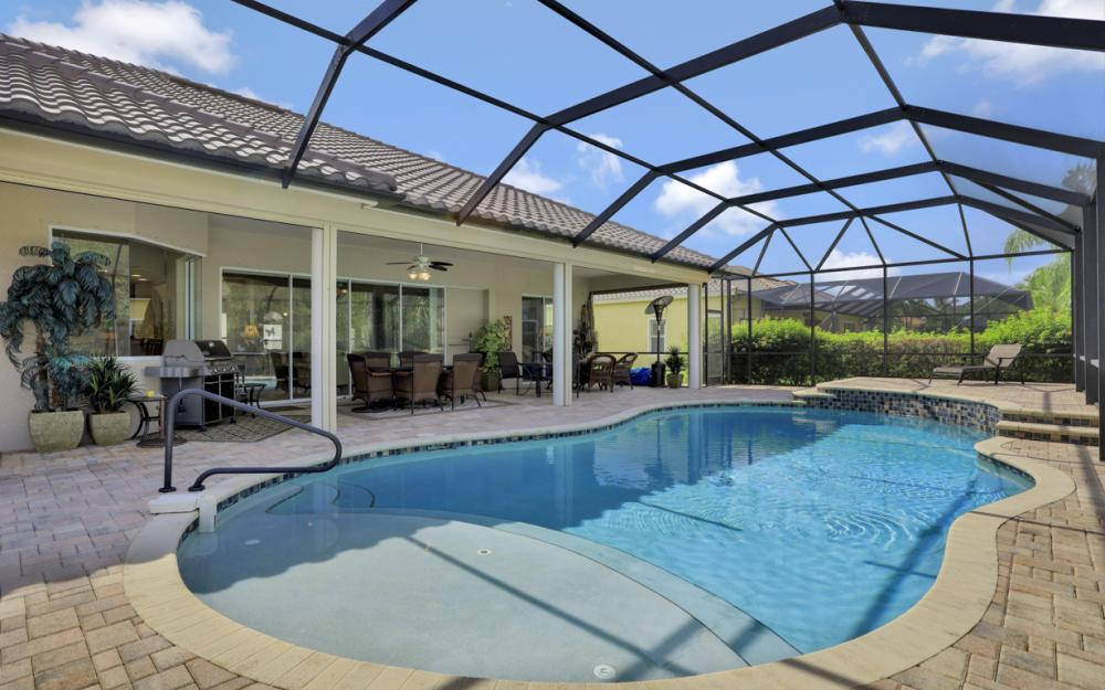 12932 Kingsmill Way, Fort Myers - Home For Sale 1033816043