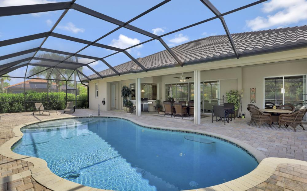 12932 Kingsmill Way, Fort Myers - Home For Sale 1012377791