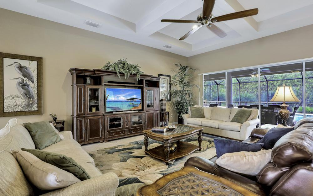 12932 Kingsmill Way, Fort Myers - Home For Sale 576769944
