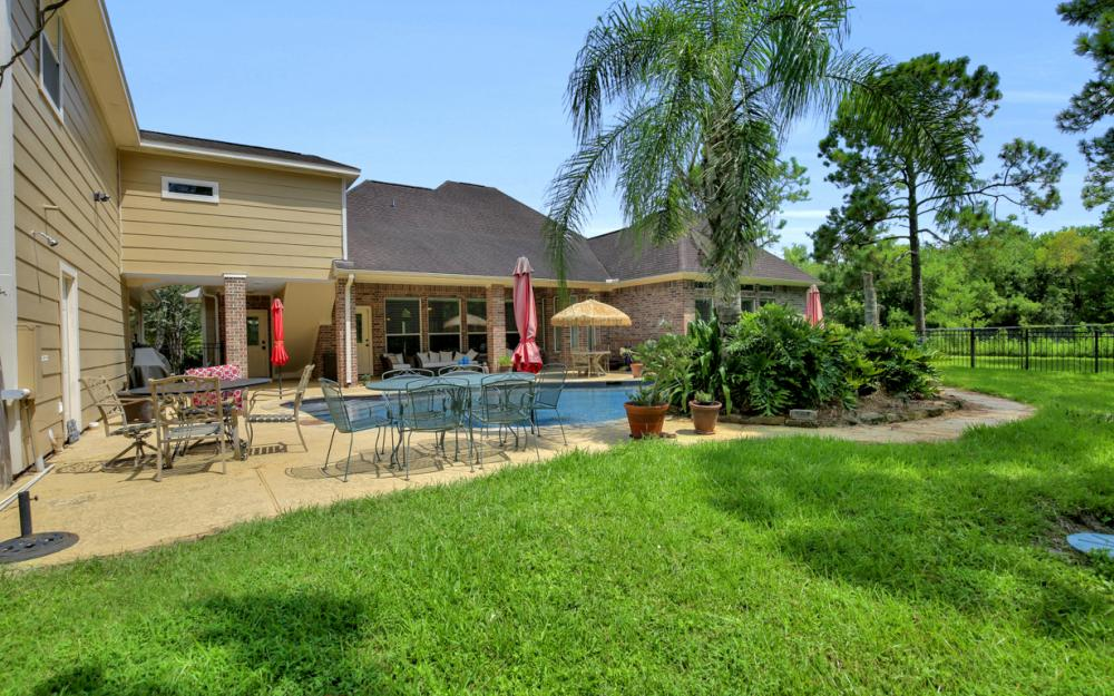 1738 Hillhouse Rd, Pearland - Home For Sale 1342010089