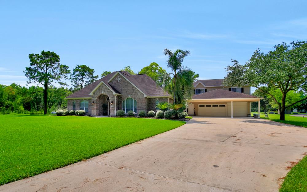 1738 Hillhouse Rd, Pearland - Home For Sale 977873839