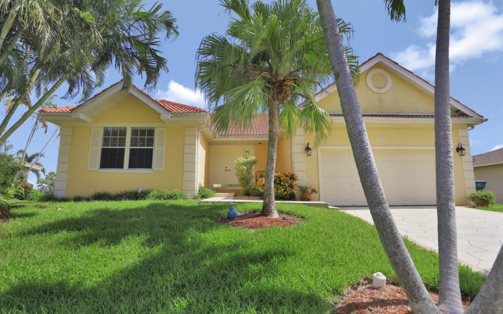 921 Tulip Ct, Marco Island - Vacation Rental 2119208329