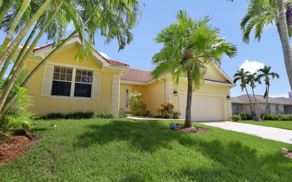 921 Tulip Ct, Marco Island - Vacation Rental 156215308