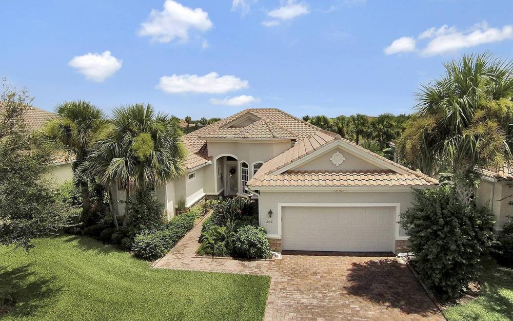 11909 Heather Woods Ct, Naples - House For Sale 1735242047