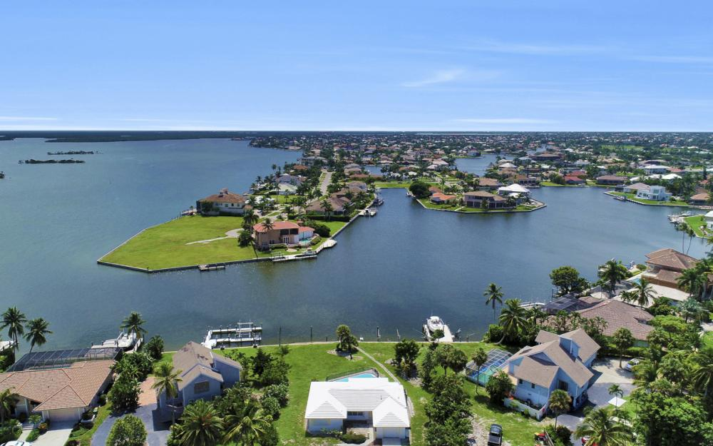 1373 N Collier Blvd, Marco Island - Home For Sale 1038412375