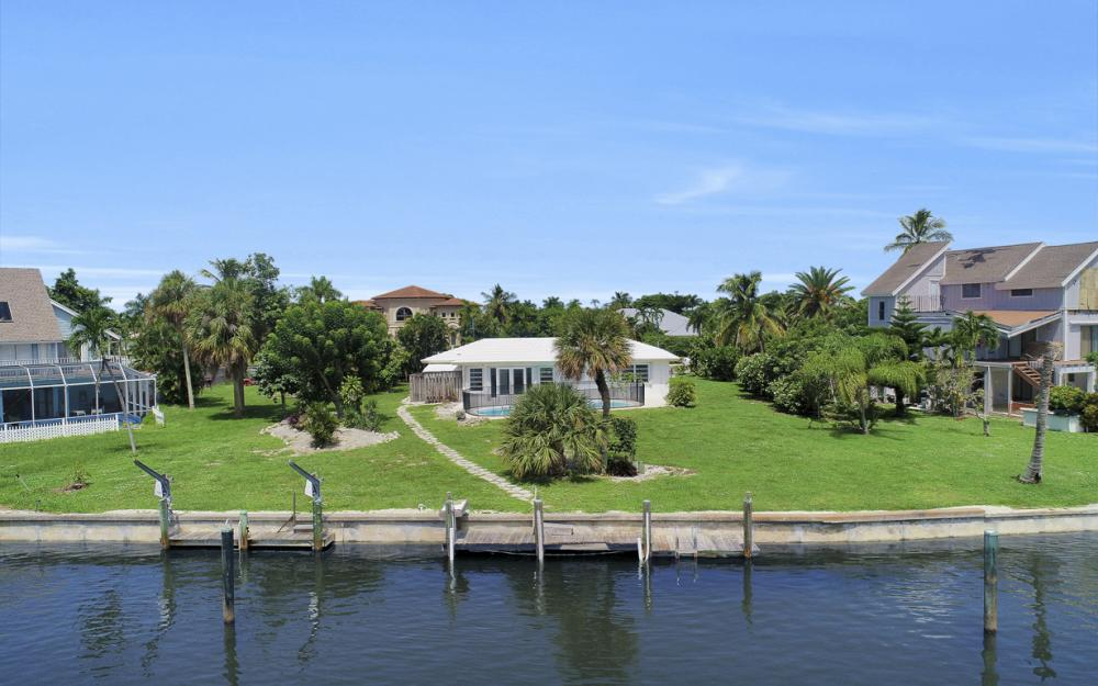 1373 N Collier Blvd, Marco Island - Home For Sale 2063124581