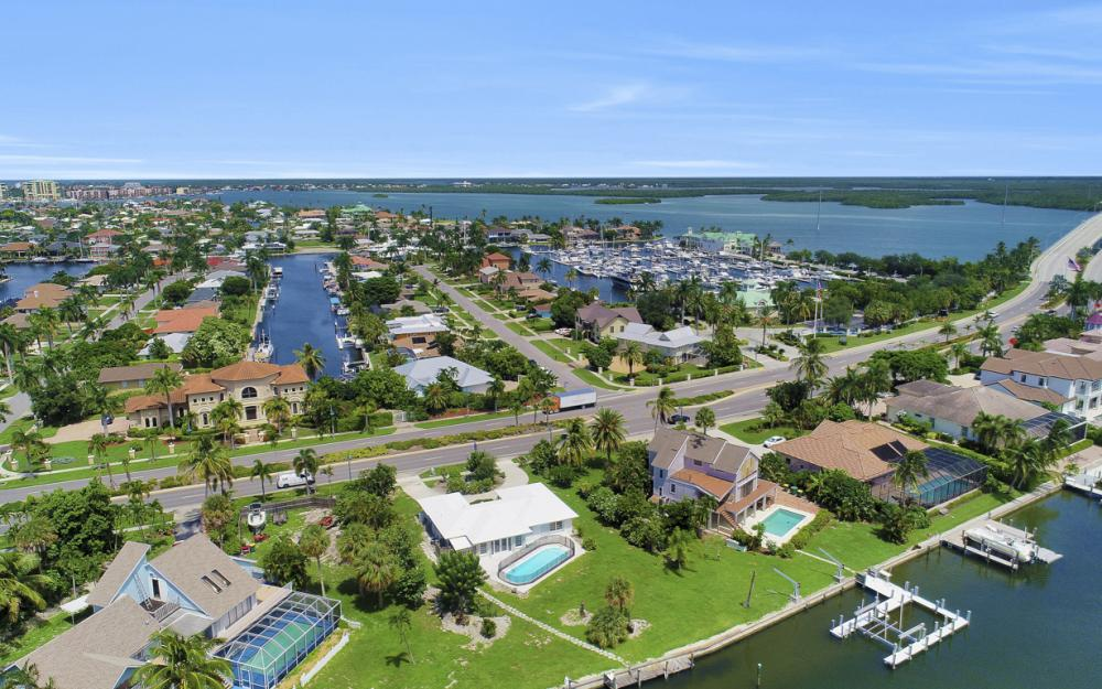 1373 N Collier Blvd, Marco Island - Home For Sale 1118866447