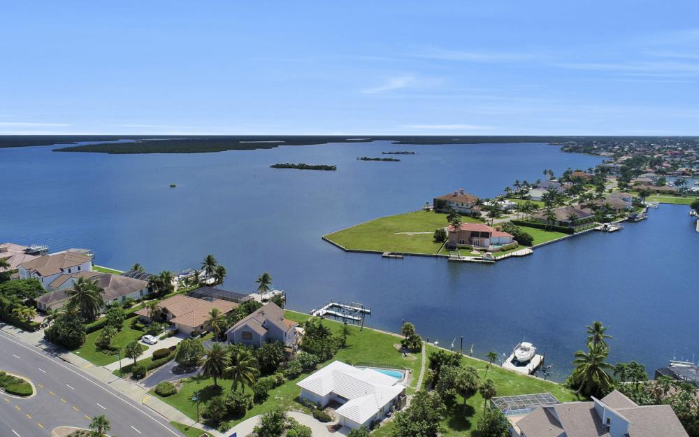1373 N Collier Blvd, Marco Island - Home For Sale 341394454
