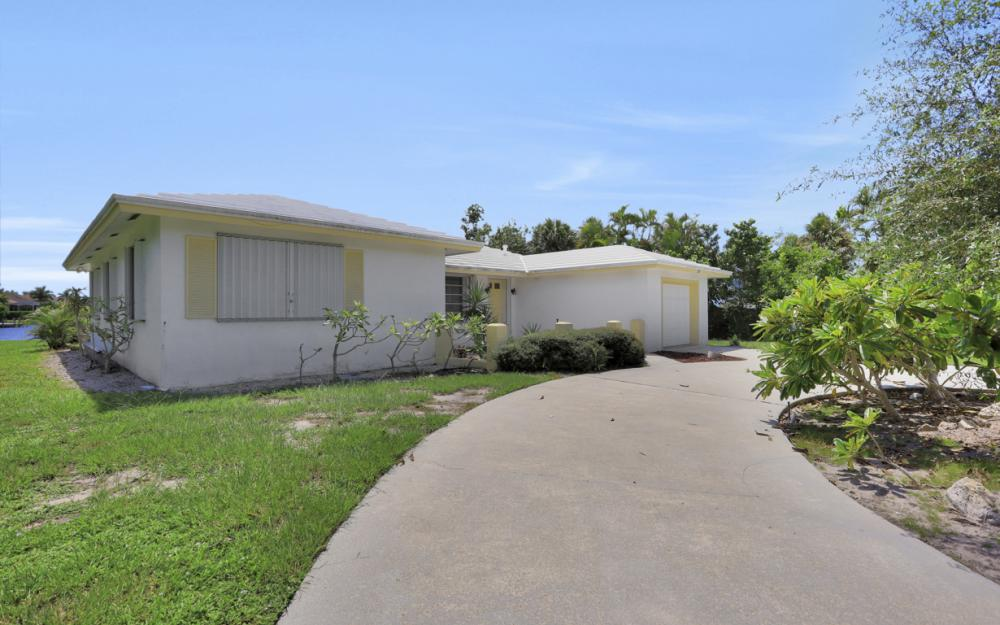 1373 N Collier Blvd, Marco Island - Home For Sale 832382642