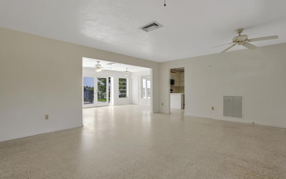 1373 N Collier Blvd, Marco Island - Home For Sale 423689063