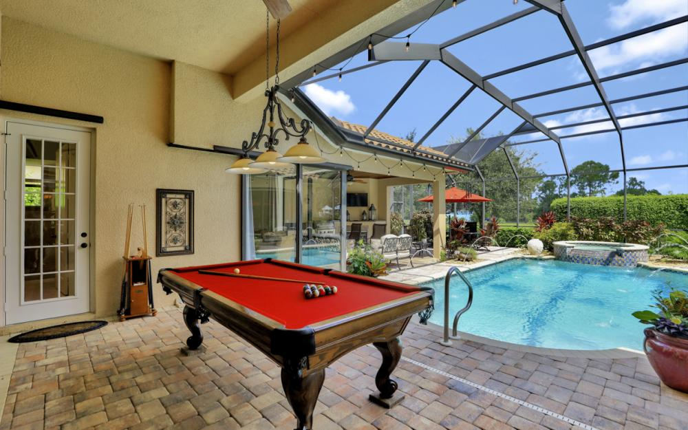 1007 Tivoli Dr, Naples - Home For Sale 367470421