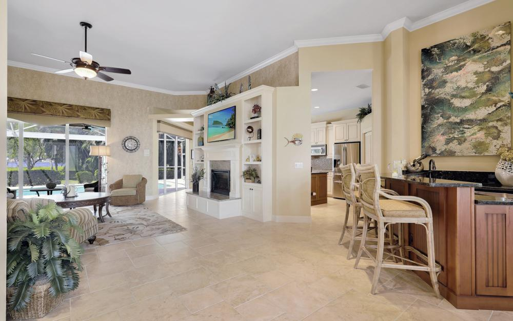 12520 Marina Club Dr, Fort Myers - Home For Sale 1093063884