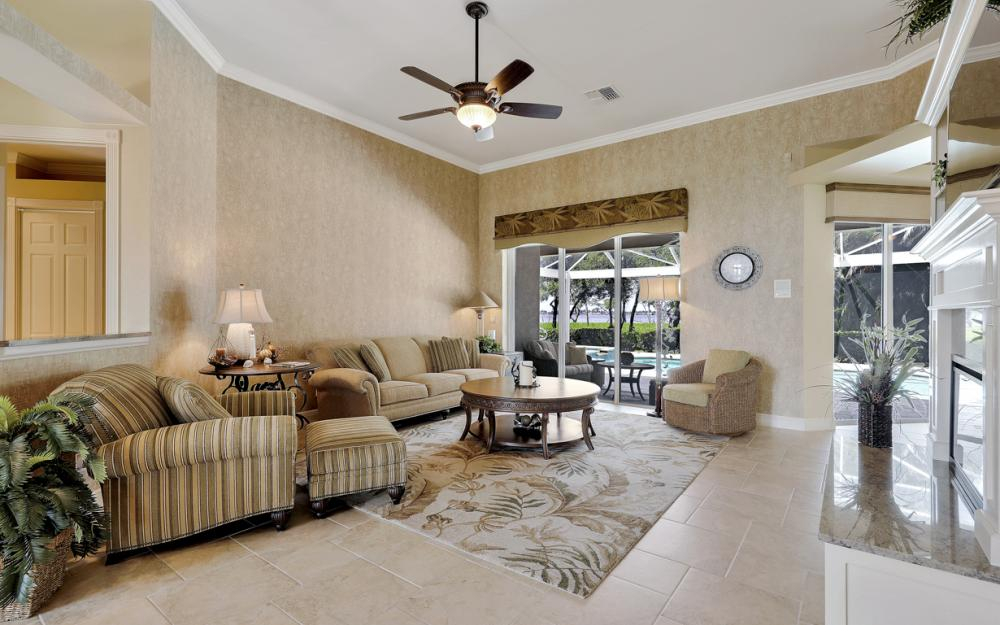 12520 Marina Club Dr, Fort Myers - Home For Sale 328092205