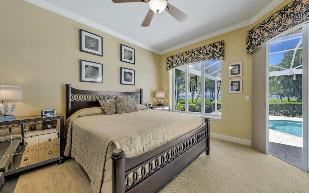 12520 Marina Club Dr, Fort Myers - Home For Sale 262933059