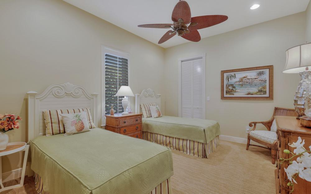 12520 Marina Club Dr, Fort Myers - Home For Sale 1174306536