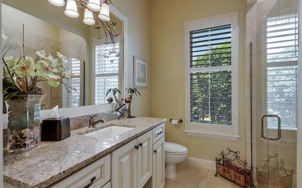 12520 Marina Club Dr, Fort Myers - Home For Sale 1284747447