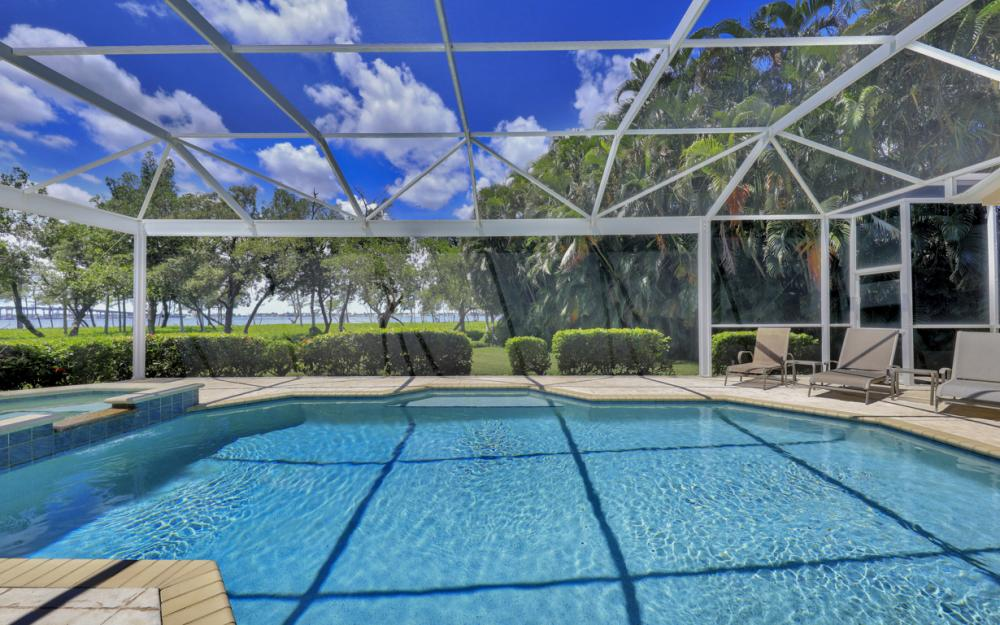 12520 Marina Club Dr, Fort Myers - Home For Sale 1043654903