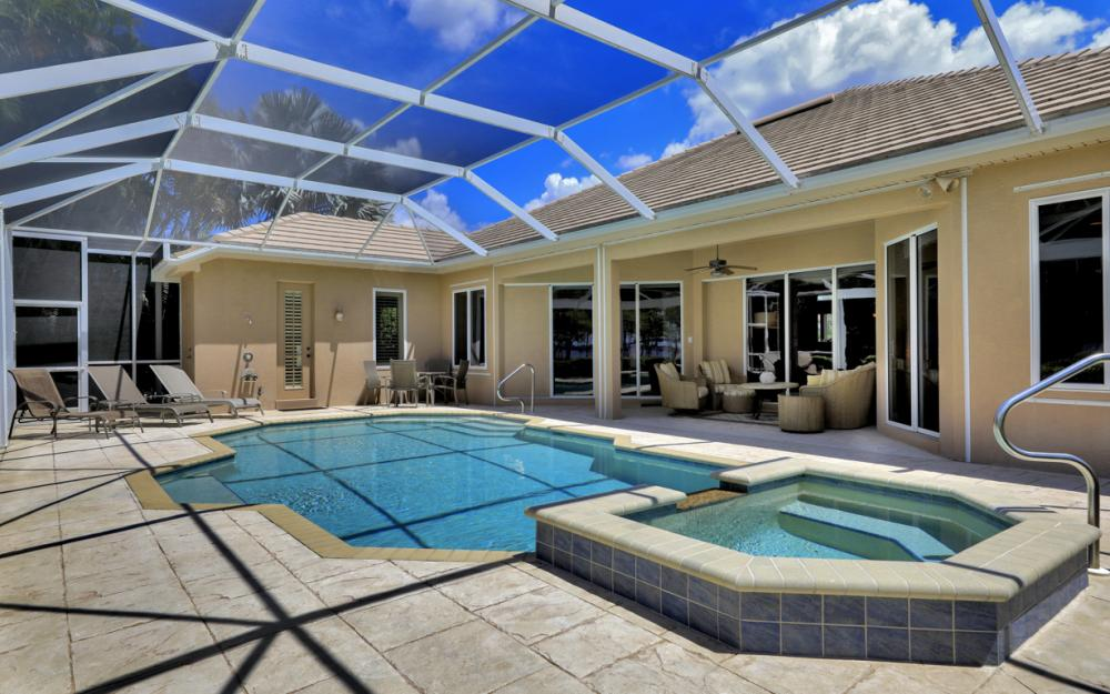 12520 Marina Club Dr, Fort Myers - Home For Sale 2022748440