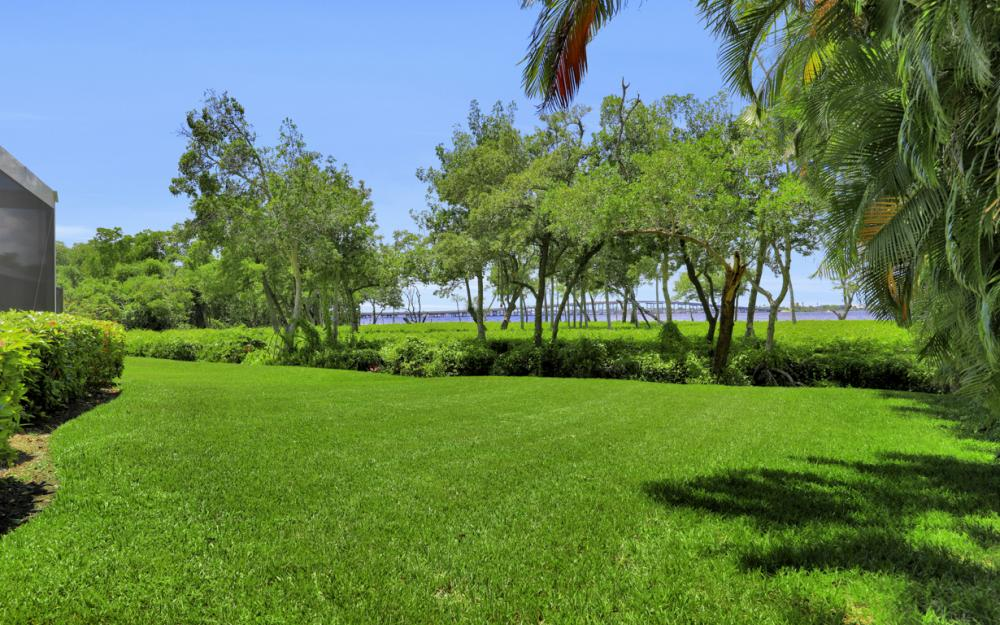 12520 Marina Club Dr, Fort Myers - Home For Sale 600937436