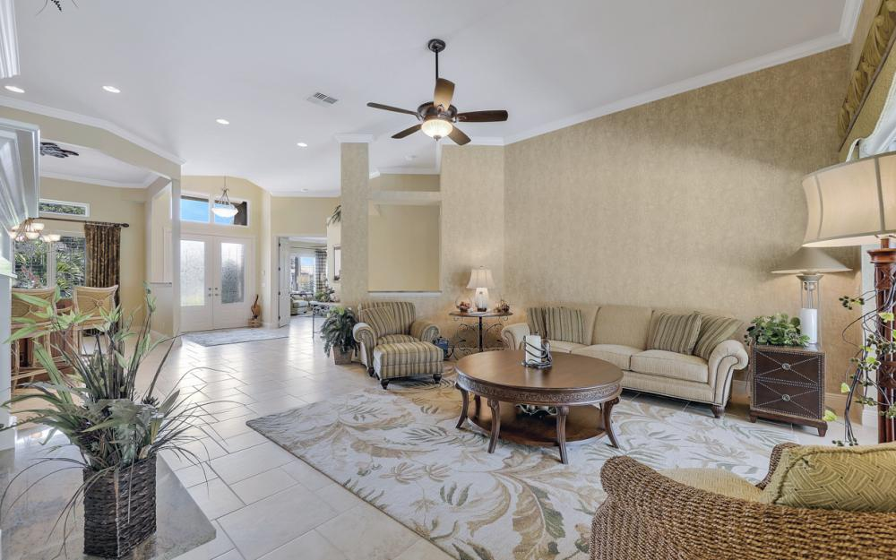 12520 Marina Club Dr, Fort Myers - Home For Sale 170924652