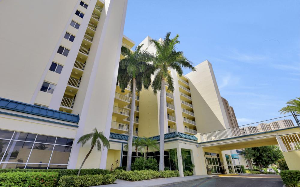 900 S Collier Blvd #302 Marco Island - Vacation Rental 1164436202