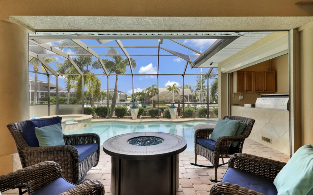2409 SW 40th St, Cape Coral - Home For Sale 957176573