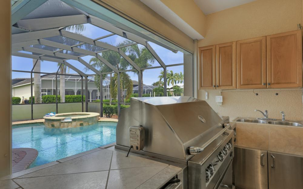 2409 SW 40th St, Cape Coral - Home For Sale 1271152498