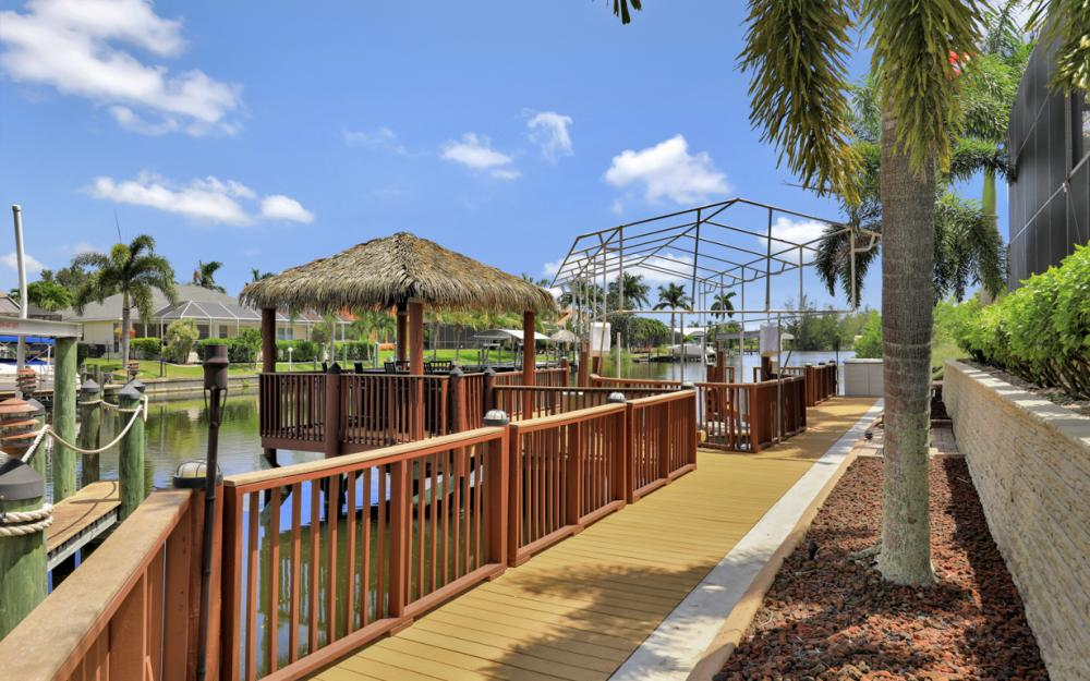 2409 SW 40th St, Cape Coral - Home For Sale 1272197252