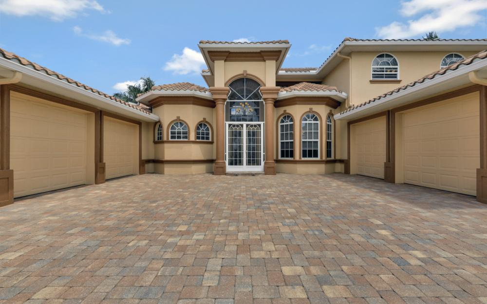 2409 SW 40th St, Cape Coral - Home For Sale 1935162600