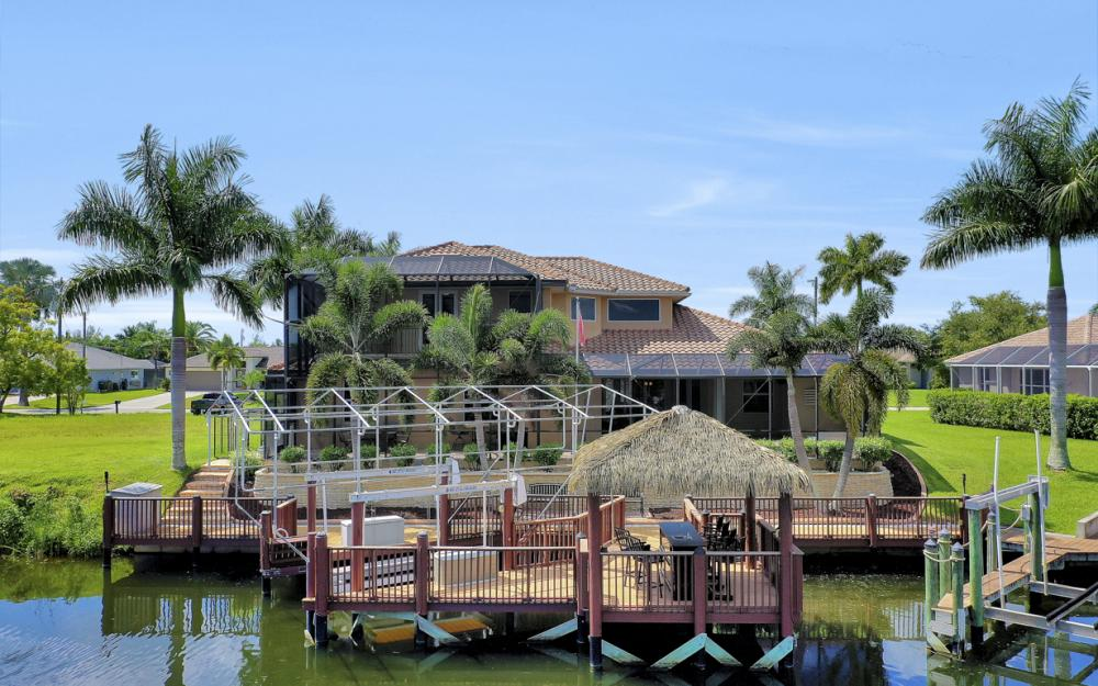 2409 SW 40th St, Cape Coral - Home For Sale 220520676