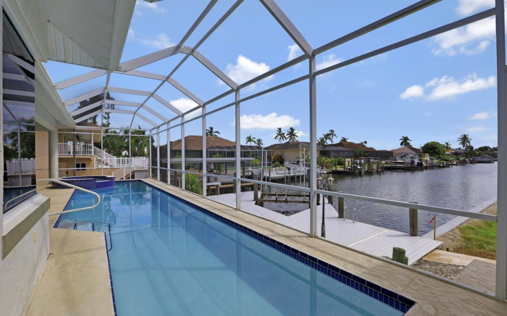 551 Fieldstone Dr, Marco Island - Home For Sale 781773353