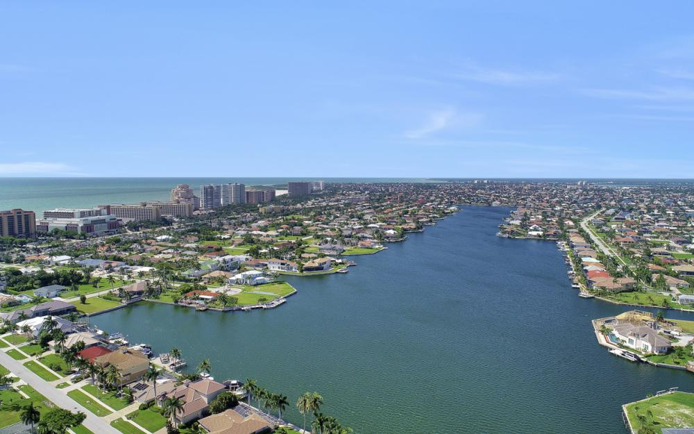 551 Fieldstone Dr, Marco Island - Home For Sale 1201947659