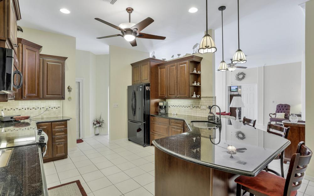 5404 SW 25th Ct, Cape Coral - Home For Sale 780022620
