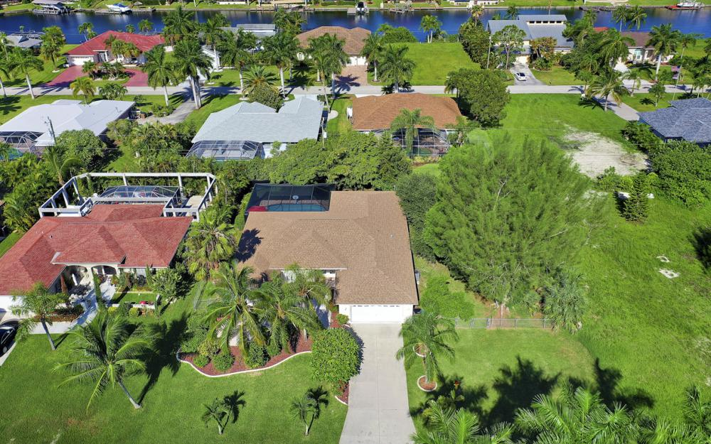 5404 SW 25th Ct, Cape Coral - Home For Sale 51741845