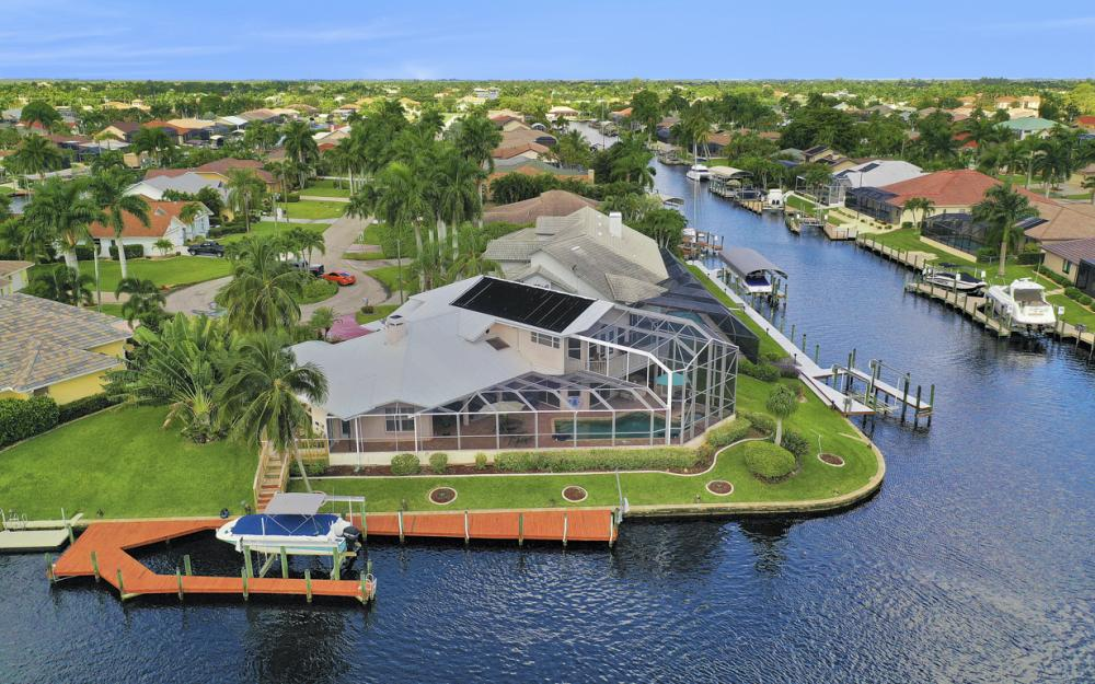 1401 SW 53rd Ln, Cape Coral - Vacation Rental 827701793