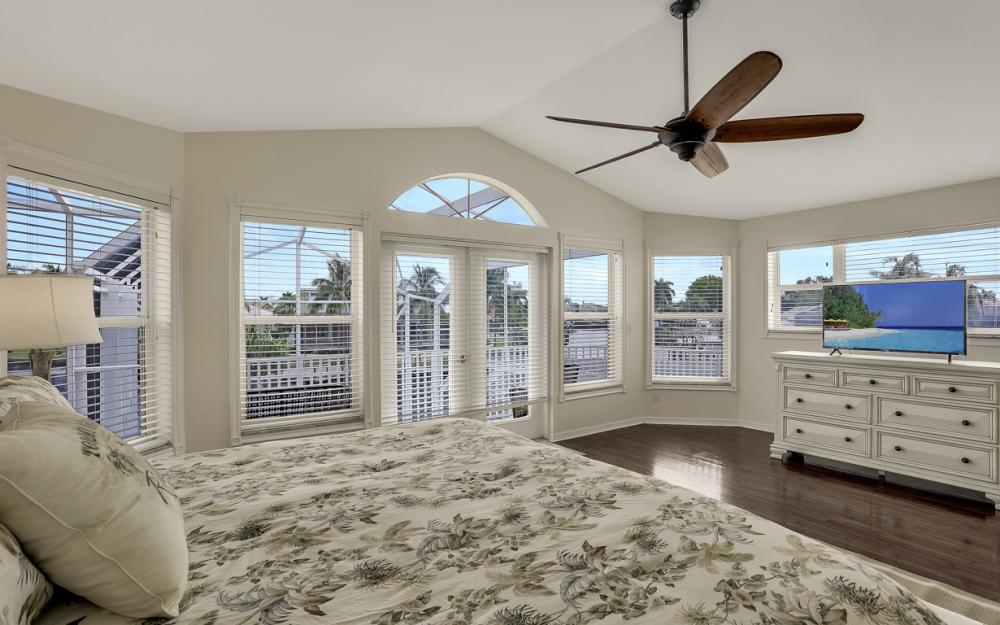 1401 SW 53rd Ln, Cape Coral - Vacation Rental 815817122