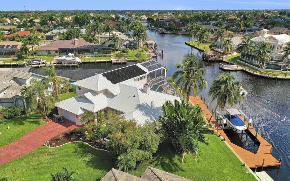 1401 SW 53rd Ln, Cape Coral - Vacation Rental 251199397