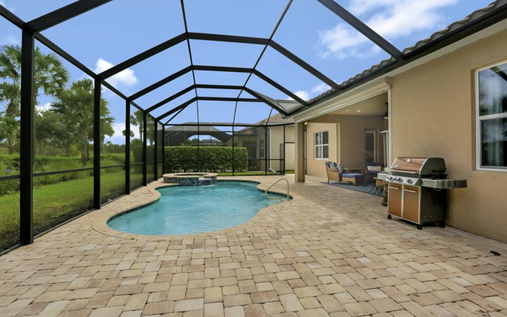 9303 Fieldstone Ln, Naples - Home For Sale 174845459