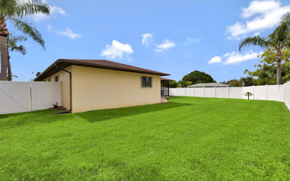 1319 SE 21st Ave, Cape Coral - Home For Sale 1129823924