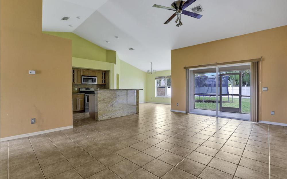3506 SW 1st Ave, Cape Coral - Home For Sale 379397817