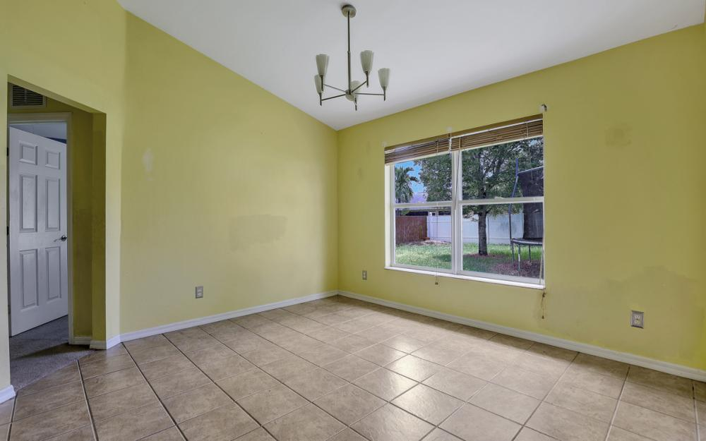 3506 SW 1st Ave, Cape Coral - Home For Sale 588393335