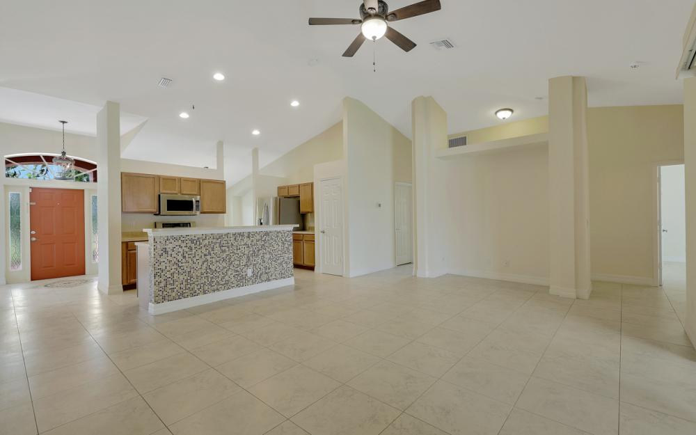 2833 NW 27th Pl, Cape Coral - Home For Sale 376447382