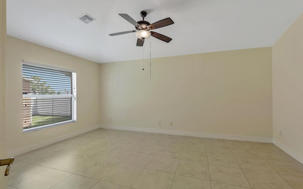 2833 NW 27th Pl, Cape Coral - Home For Sale 862376498