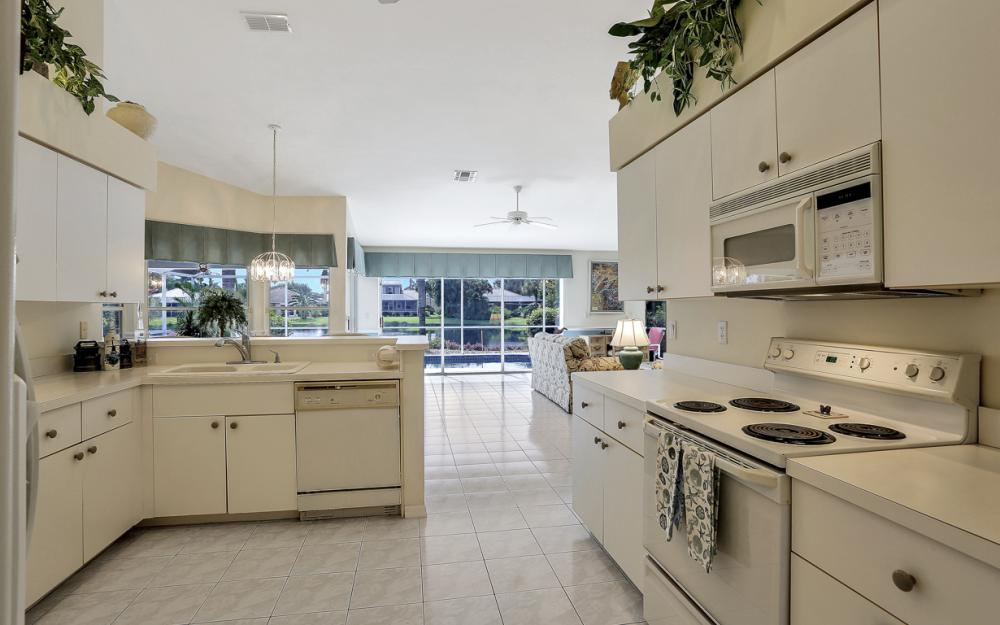 8971 Springwood Ct, Bonita Springs - Home For Sale 746706448